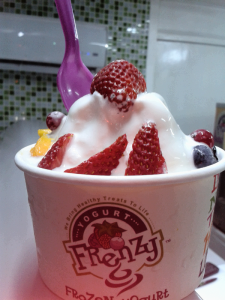 ygn yogurt with strawberries